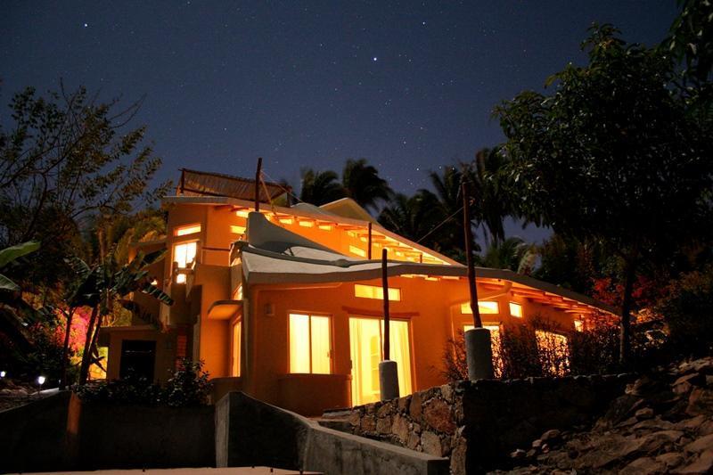 Casa Abanico