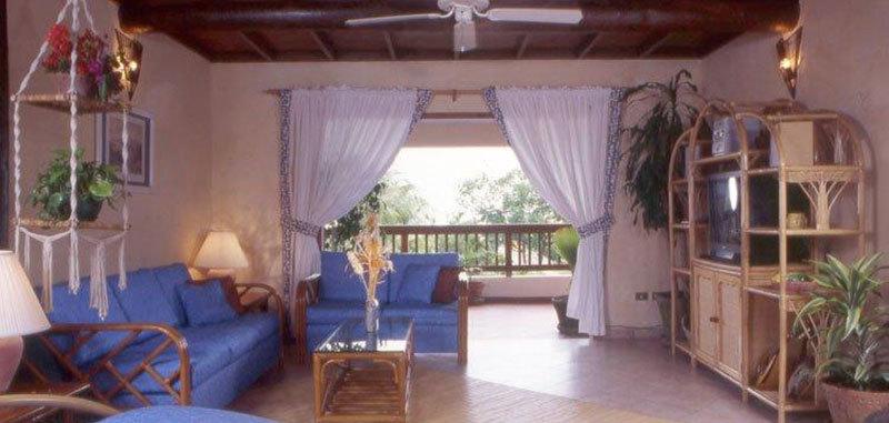 Antigua villa 10 02