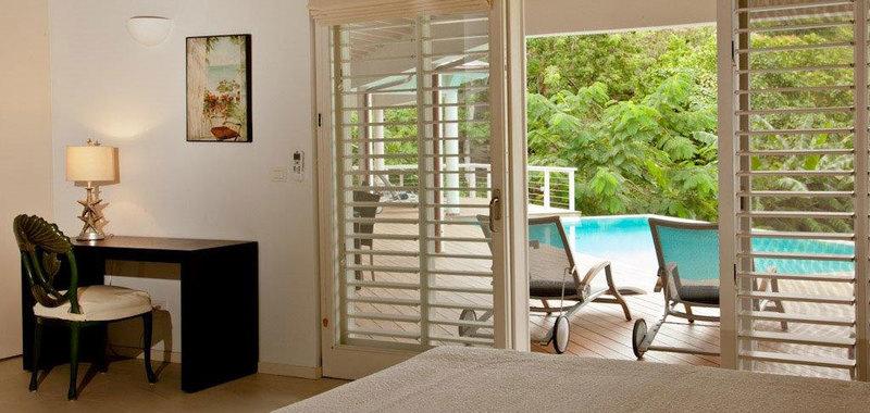 Antigua villa 014 09