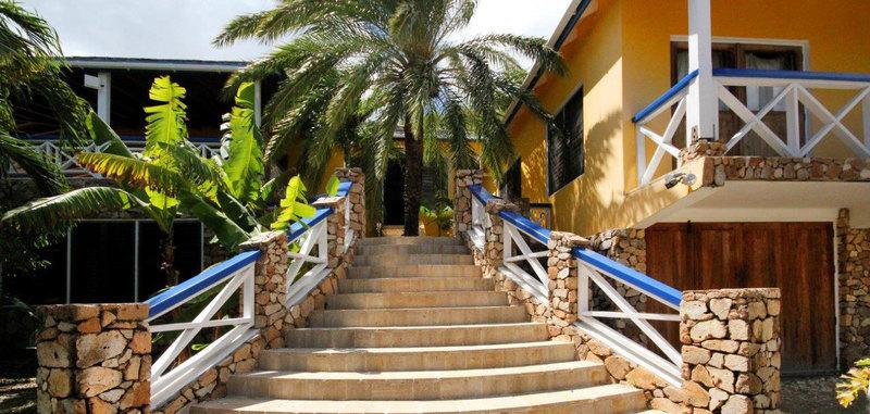 Antigua villa 19 04