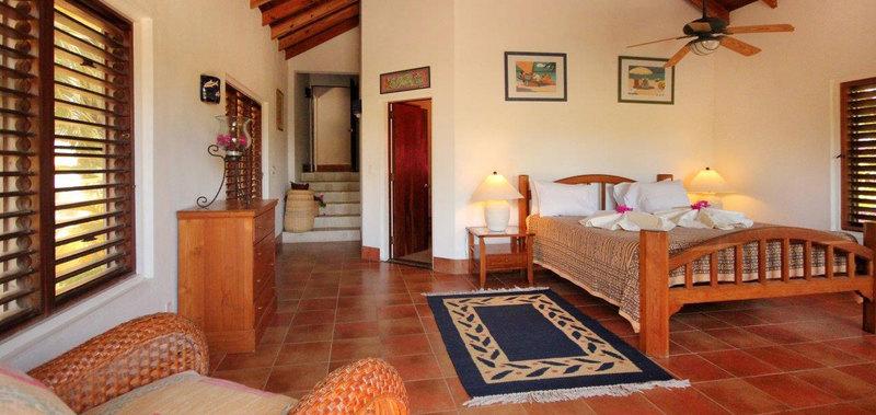Antigua villa 19 08