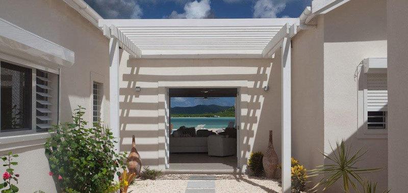 Antigua villa 8 03