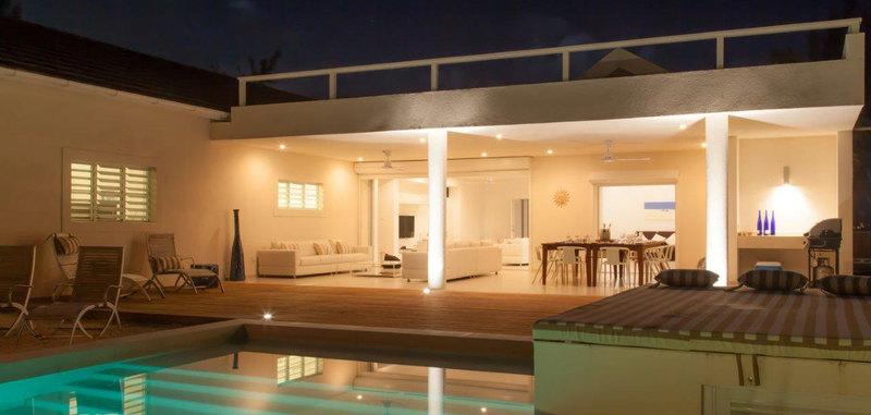 Antigua villa 8 24