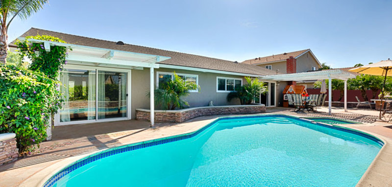 Costa Mesa Poolside Retreat Villa Rental