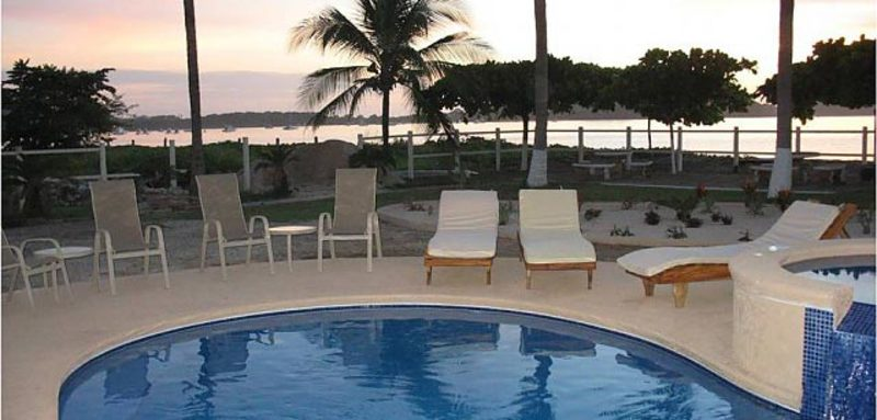 Endless Beach 2-1 Villa Rental