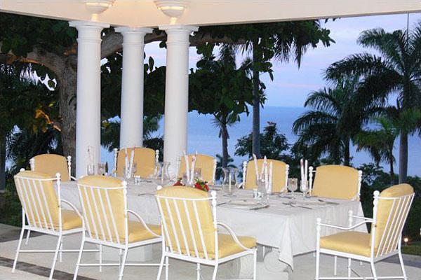 Following seas jamaica villas06