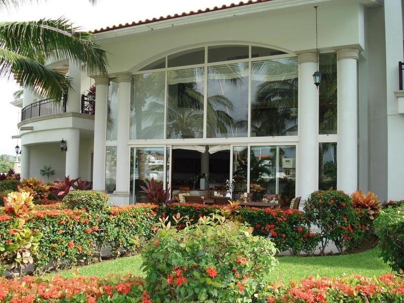 Grand Marina Villa 5101