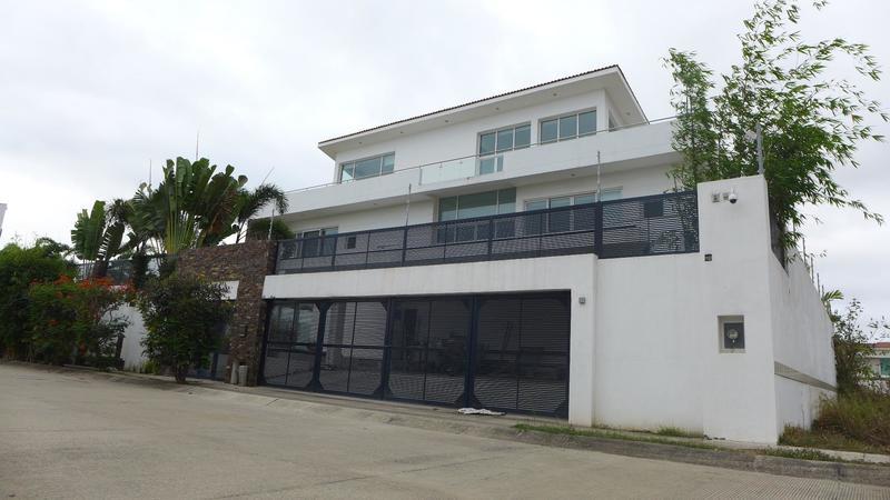 Casa Huang
