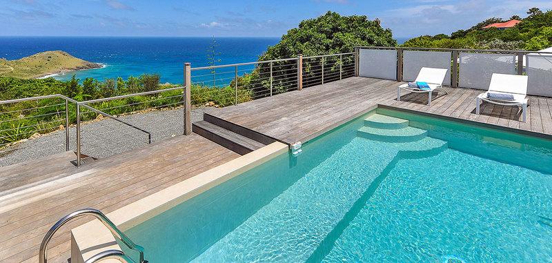 La Magnifica Villa Rental