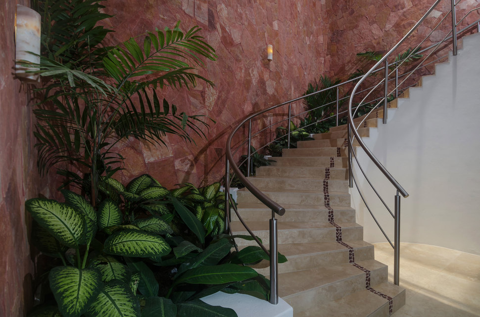069 clv stairs north 03