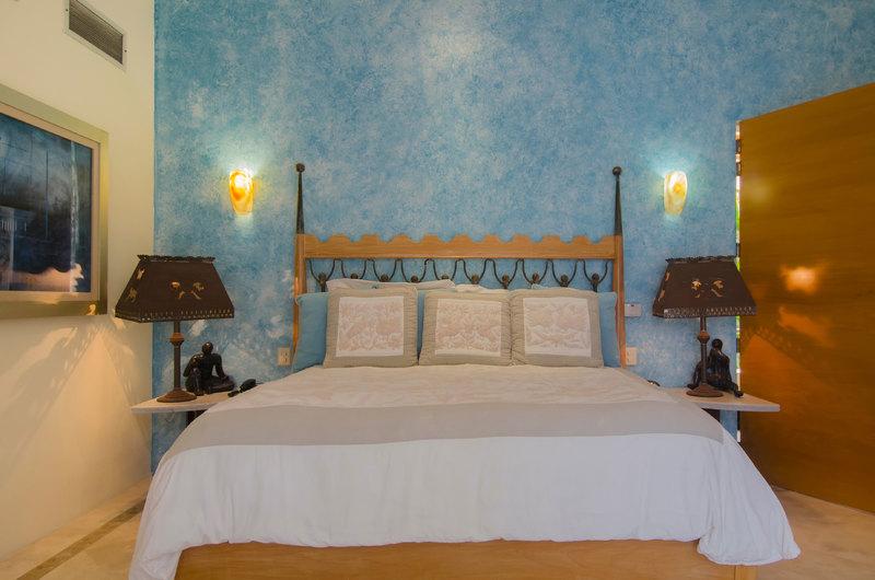 121 clv bed1 02