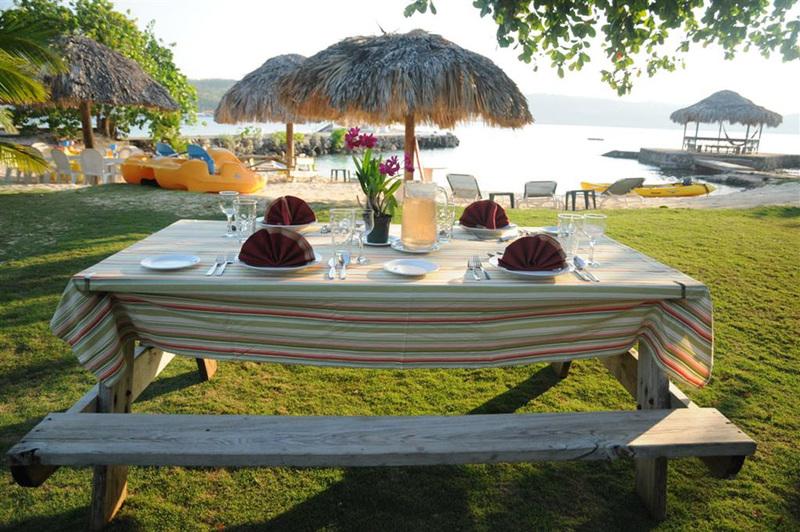 Linga awile jamaica villas11