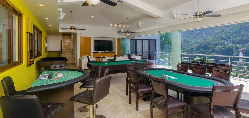 Casa mismaloya game room 10