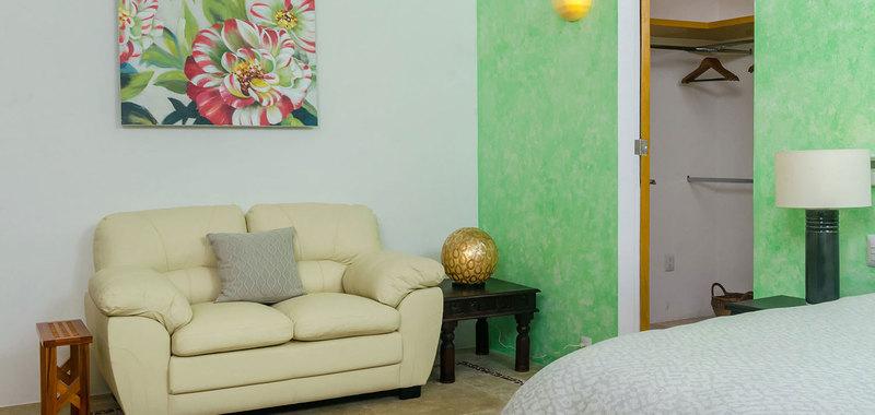Casa mismaloya master bed2 05
