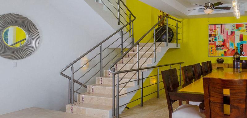 Casa mismaloya stairs 01