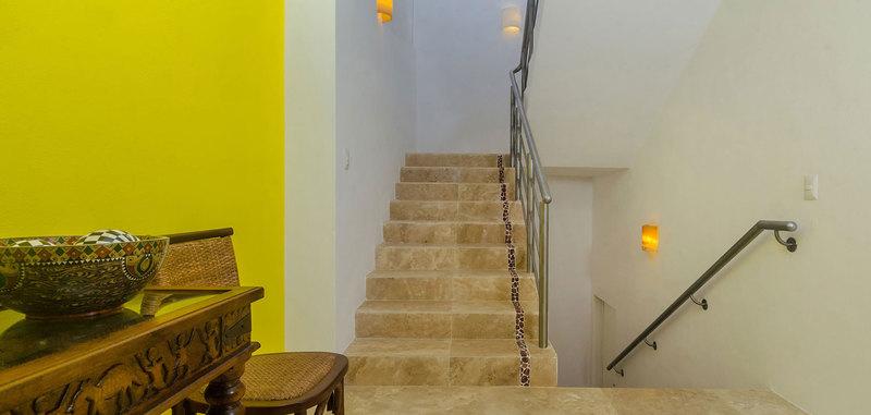 Casa mismaloya stairs 05