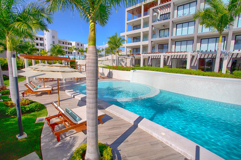 Quadrant, Luxury Ocean Living 2301